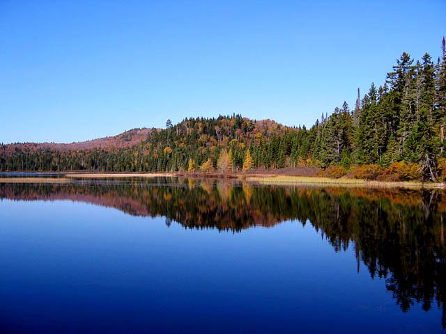 Lac au mont tremblant for Lac miroir mont tremblant